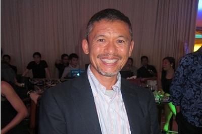Dennis Valdes
